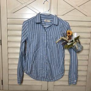 hollister light blue stripe shirt